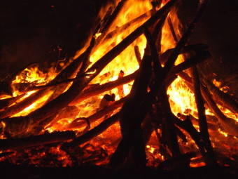Guy_Fawkes_bonfire_2007